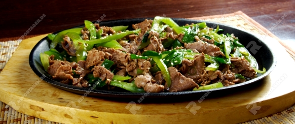 chinese cuisine .Chinese dish - beef with vegetables close-up